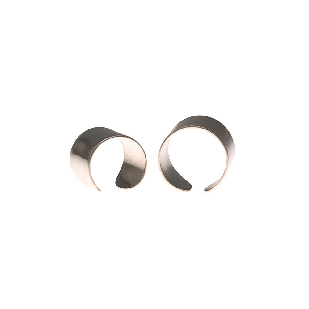 minimal in silver ioanna liberta